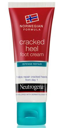 Крем для ног от мозолей и натоптышей, Neutrogena. Быстро впитывается, не оставляя на коже липкой пленки, эффективно смягчает кожу стоп.