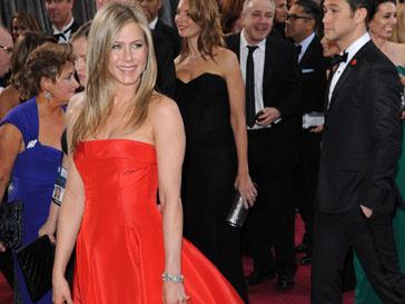 """Дженнифер Энистон (Jennifer Aniston) на красной ковровой дорожке """"Оскара""""-2013"""