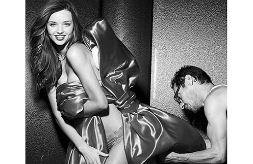 Миранда Керр (Miranda Kerr) может похвастаться идеальной фигурой