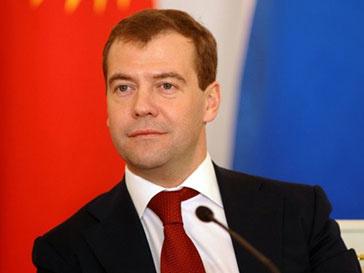 Дмитрий Медведев отправился с визитом в Дели