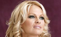 Памела Андерсон требует от бывшего любовника $1 млн