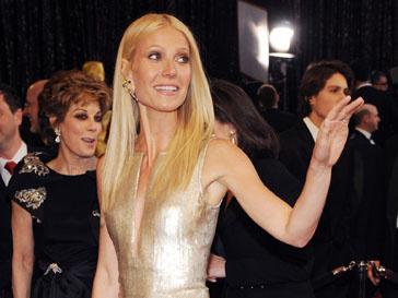 Гвинет Пэлтроу (Gwyneth Paltrow) очень понравилось выступать на сцене с гитарой в руках