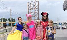 Карнавал детства: маленькие краснодарцы повеселились с мультяшками!