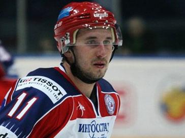 Выживший при крушении Як-42 хоккеист Александр Галимов умер в больнице