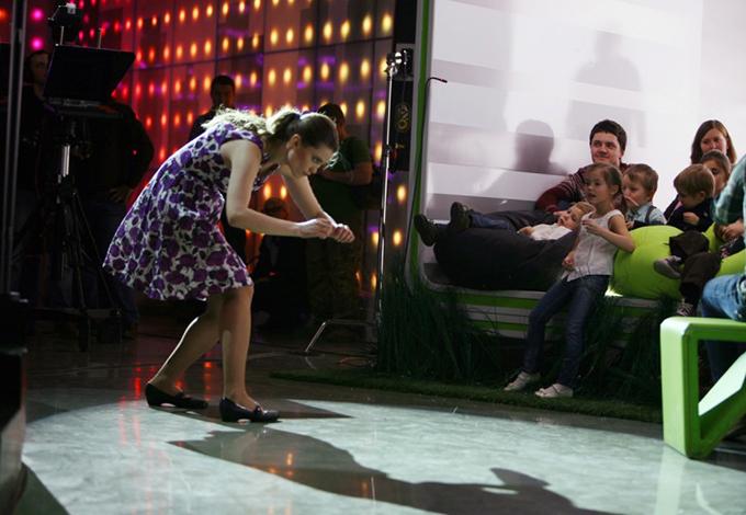 Артисты мастерской «Storytelling» под руководством Елены Новиковой в студии телеканала «Москва 24»