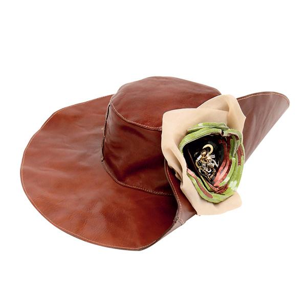 Шляпа, D&G.