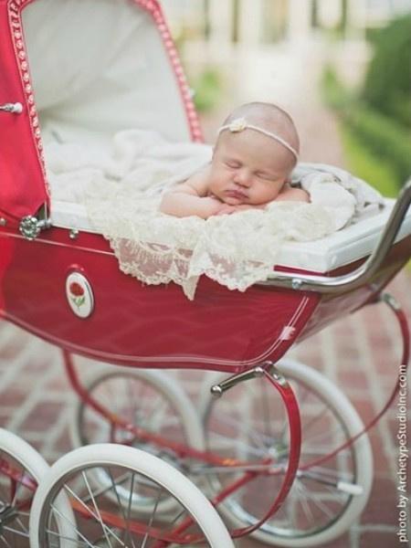 Келли Кларксон родила дочь