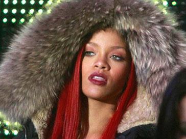 Рианна (Rihanna) попросила номер телефона Колина Фаррелла