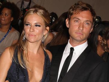 Джуд Лоу (Jude Law) и Сиенна Миллер (Sienna Miller) разошлись