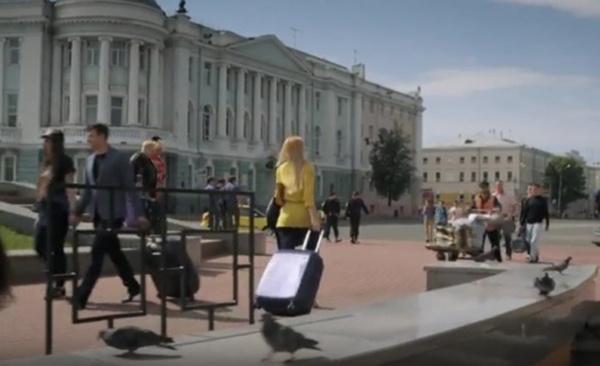 golaya-obnazhennaya-gruppa-litsey