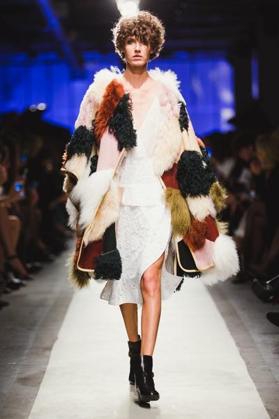 К зиме готовы: модный показ в ЦУМе | галерея [1] фото [2]