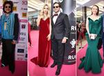 Яркие пары и декольте: полный фоторепортаж с премии RU TV