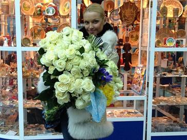 Пока одни задаривают Анастасию Волочкову цветами, другие не жалеют для балерины критики.