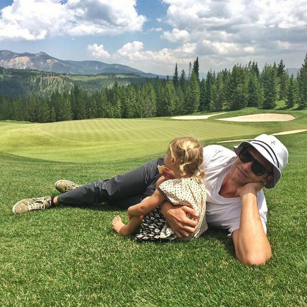 Милота дня: Жизель Бюндхен с мужем и детьми