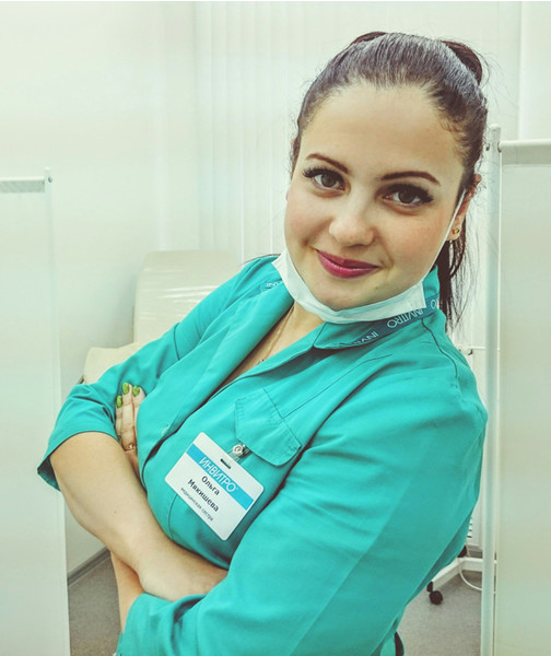 Красивая медсестра онлайн 9 фотография