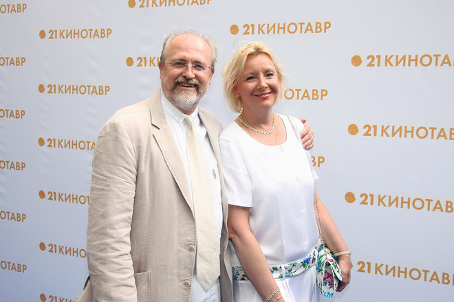Режиссер и сценарист Владимир Хотиненко с супругой