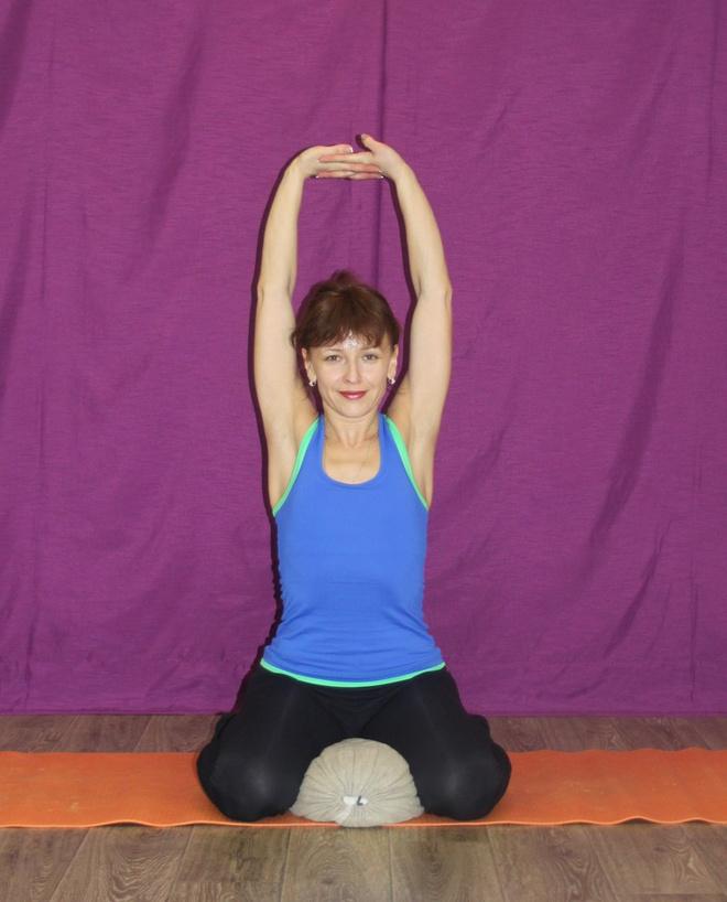 инструкторы по йоге в Иркутске
