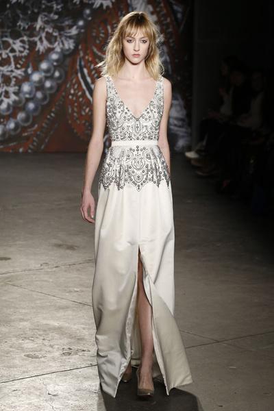 Самые роскошные вечерние платья Недели моды в Нью-Йорке | галерея [2] фото [2]