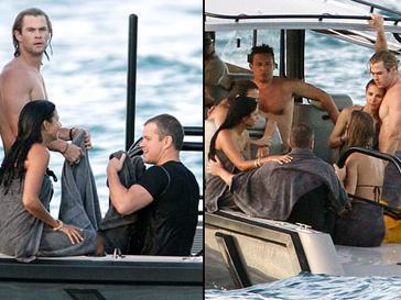 Крис Хемсворт с женой Эльзой Патаки отдыхают на яхте Мэтта Дэймона
