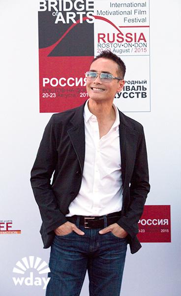 Марк Дакаскос на кинофестивале Bridge of Arts в Ростове: интервью со звездой