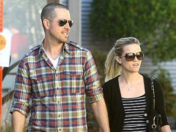 Риз Уизерспун (Reese Witherspoon) и Джим Тот (Jim Toth) решили пожениться