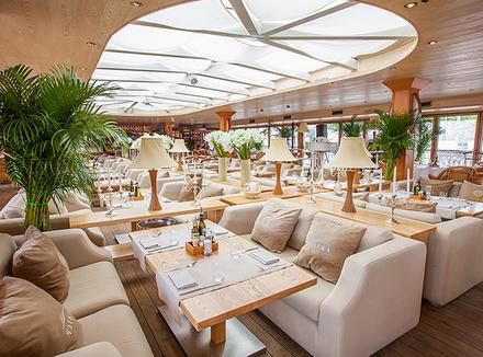 Ресторан-яхта