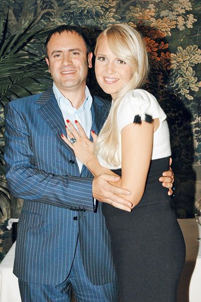«Я с мужем — Алексеем Кравцовым».