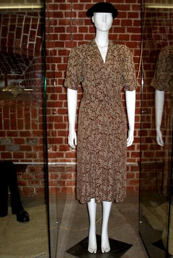 Женский костюм 30-х годов.