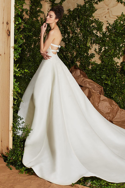 Лучшие коллекции Недели свадебной моды   галерея [7] фото [15]