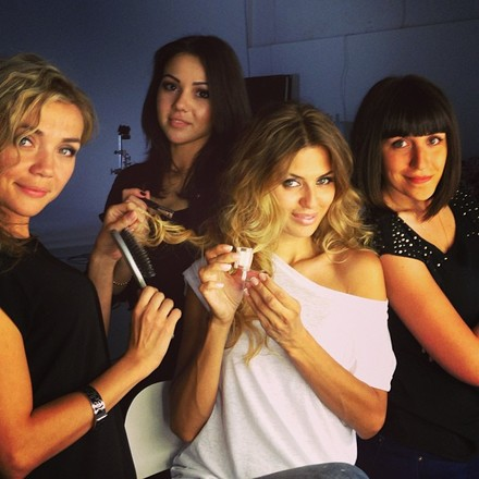 Виктория Боня с командой марки Inglot