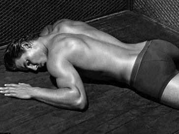 Рафаэль Надаль (Rafael Nadal) рекламирует линию Armani Underwear