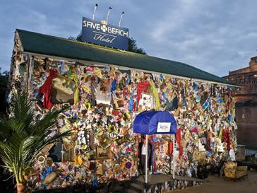 На строительство гостиницы пошло 12 тонн отходов