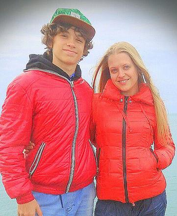 Актриса Мария Виненкова с сыном Егором, фото