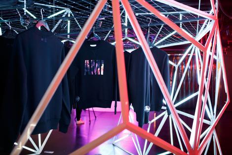 AMI + «Цветной»   галерея [1] фото [4]