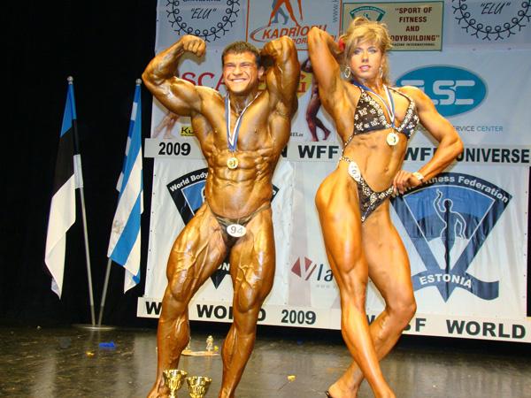 Чемпионка мира 2009 года по фитнесу Людмила Колесникова.