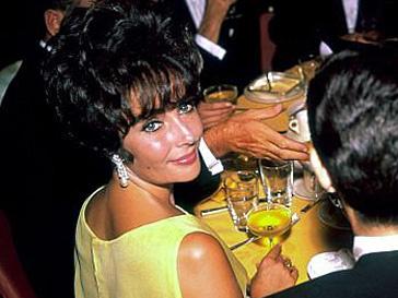Элизабет Тейлор (Elizabeth Taylor) умерла в 79 лет