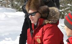 Владимир Путин познакомился со снежным барсом