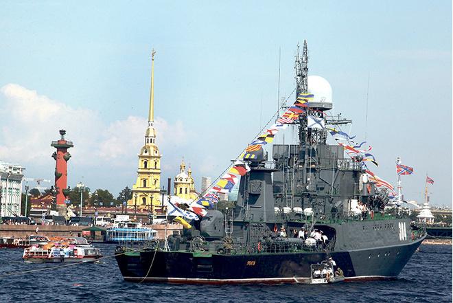День ВМФ в Петербурге: дата, программа, парад кораблей в Неве