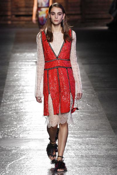 50 лучших платьев Недели моды в Милане | галерея [1] фото [44]