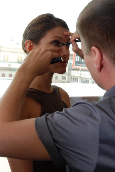Главный акцент в макияже Анастасии Макеевой был сделан на глаза