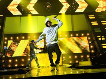 Уиз Халифа (Wiz Khalifa) удостоен награды в номинации «Артист года»
