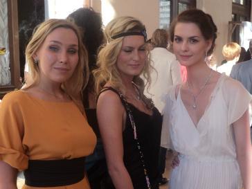 Актрисы Дарья Екамасова, Рената Пиотровски и Лянка Грыу