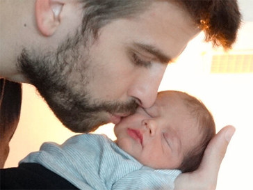 Жерар Пике с сыном Миланом.