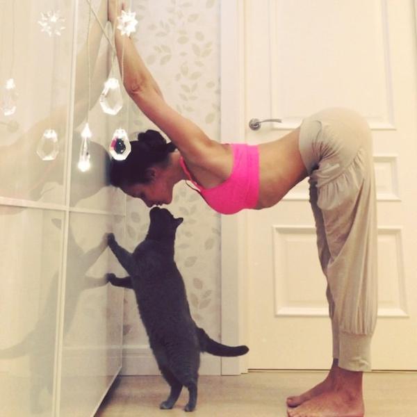 ВСТАЛА В ПОЗУ: 7 мотивирующих йога-аккаунтов | галерея [7] фото [1]