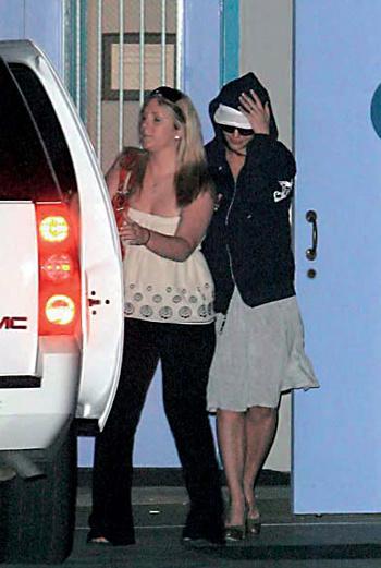 Бритни Спирс на пути в реабилитационный центр