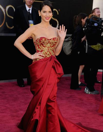 """Оливия Манн (Olivia Munn) на премии """"Оскар""""-2013"""