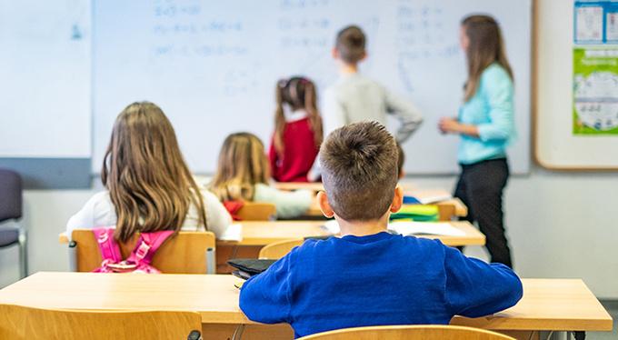 Снова в школу: как помочь и ребенку, и себе