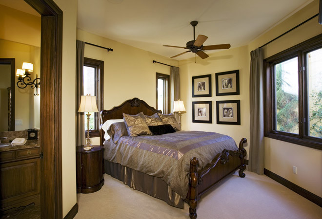 Спальня в коричневых тонах, шоколадная спальня фото