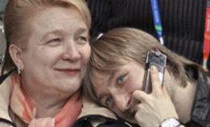 Евгений Плющенко похоронил маму
