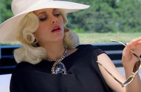 Кадр из видеоролика L.A.dy Dior с Марион Котийяр (Marion Cotillard) в главной роли
